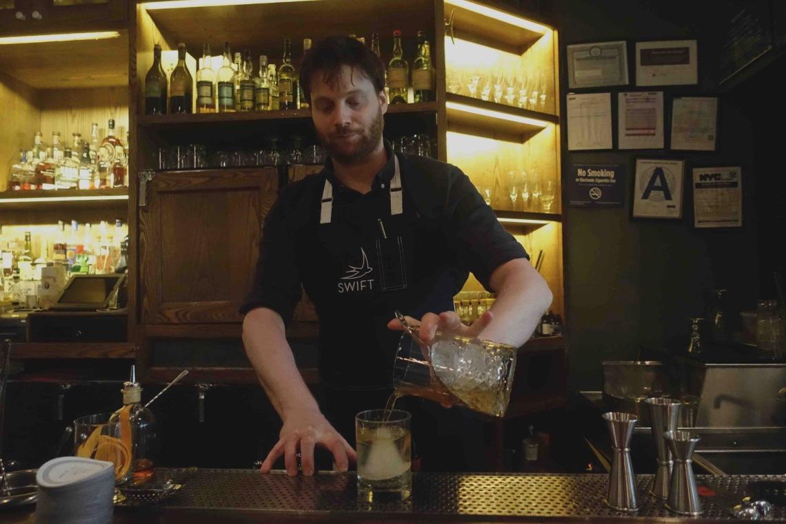 Swift Cafe - Bartender 01