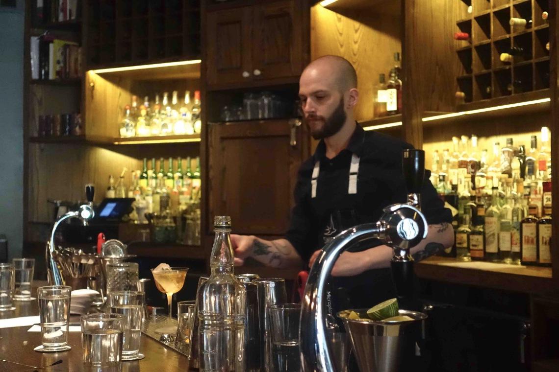 Swift Cafe - Bartender 02.jpg